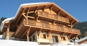 cropped-The-chalet-itself1.jpg